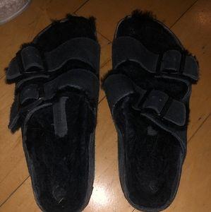 Birkenstock size 8 black fur